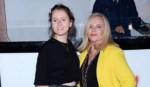 Jest dumna z córki. Lubiąca szokować 18-latka poszła w jej ślady