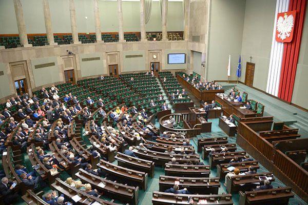 Władze klubu PO chcą wykluczenia posła Andrzeja Smirnowa