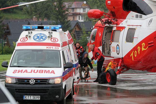 Tatry. Ranni są m.in. turyści z Giewontu. Pioruny uderzały w wielu miejscach gór