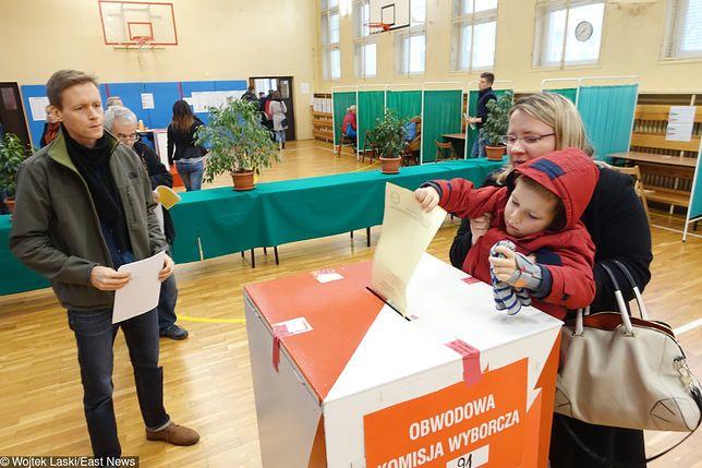 W Polsce można głosować poza miejscem zameldowania.