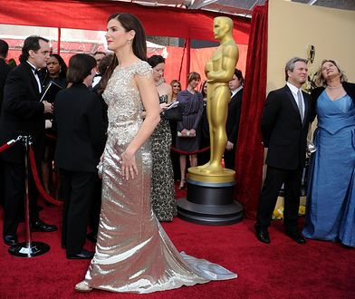 Oscarowy czerwony dywan to swoisty modowy wybieg