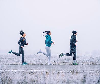 Bieganie zimą wymaga odpowiedniej bielizny termoaktywnej