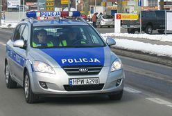 Gdańsk: Policjanci eskortowali dwa auta. W obu rodziły kobiety
