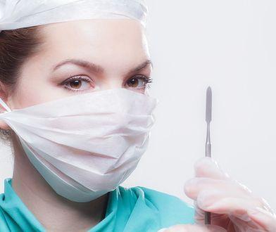 Koronawirus w Polsce. Ministerstwo Zdrowia opublikowało listę leków, których nie wolno wywozić