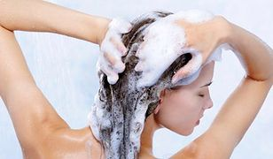 Sól morska dodana do szamponu czyni cuda dla włosów?