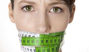 Kobiety narzekające na swoją wagę są mniej lubiane