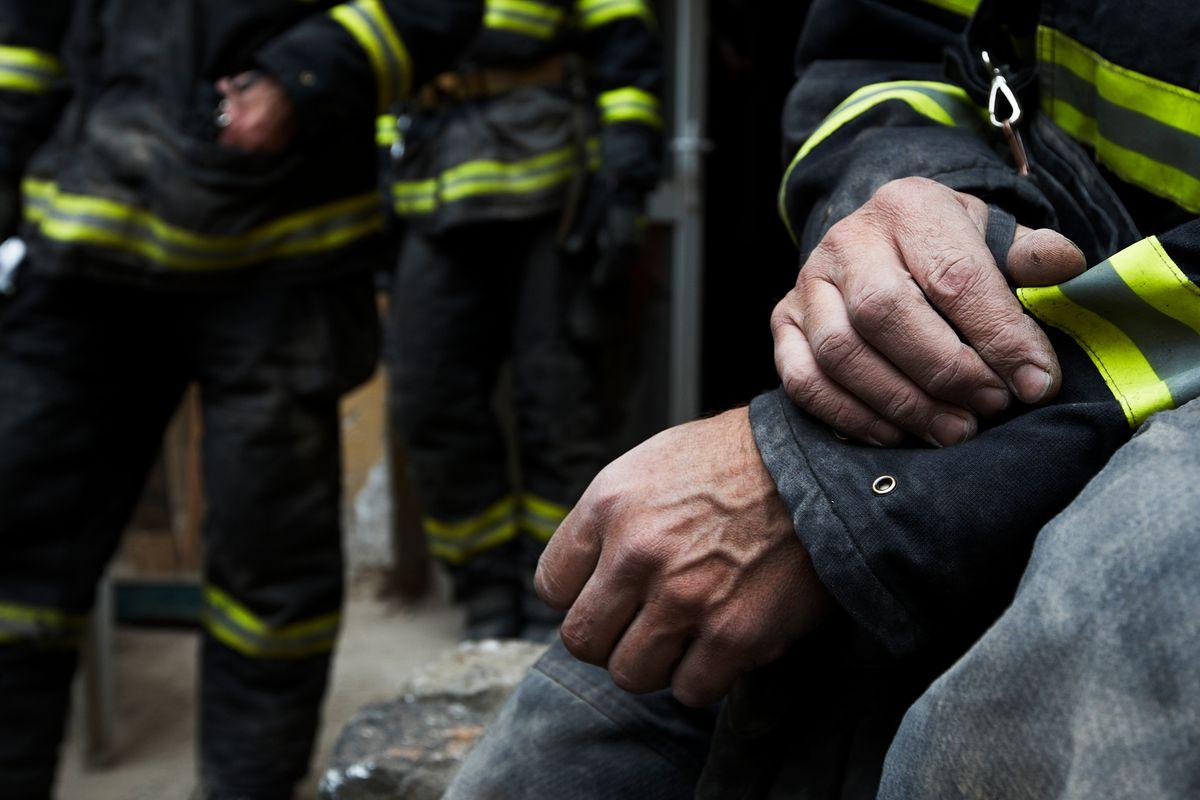 Pożar mieszkania przy ul. Ząbkowskiej. Zginął mężczyzna