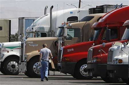 Kierowcy ciężarówek protestowali przeciwko wysokim cenom paliwa
