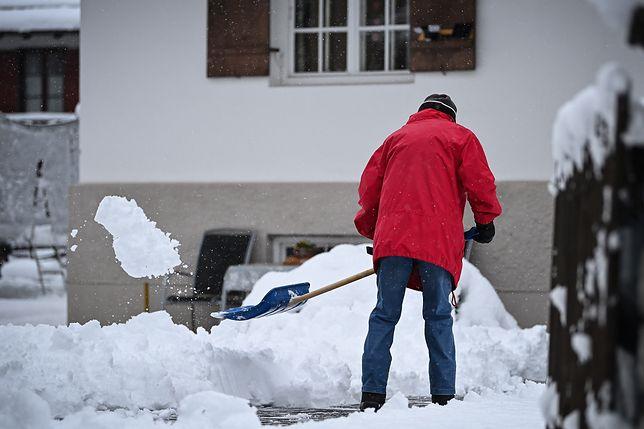 Pogoda. Śniegiem sypbnie nie tylko w górach