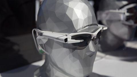 [CES 2015] Sony pokazuje jak dodać inteligencji okularom wszelkiego rodzaju