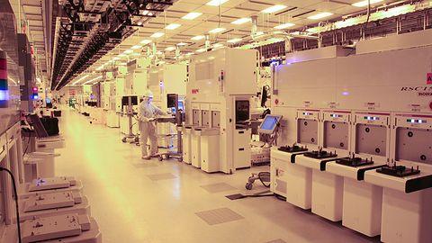Czipy AMD już za rok w procesie 7 nm: 40% szybciej, 60% oszczędniej