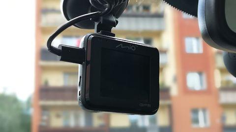 Krótki test Mio MiVue C330: wielofunkcyjna kamerka w rozsądnej cenie