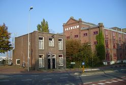Pojedź na spektakl teatralny do Amsterdamu. Za darmo!