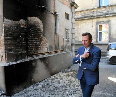 Prokuratura ustaliła, że doszło do celowego podpalenia mieszkania posła PO Krzysztofa Brejzy
