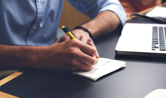 12 noworocznych postanowień finansowych, które powinieneś rozważyć