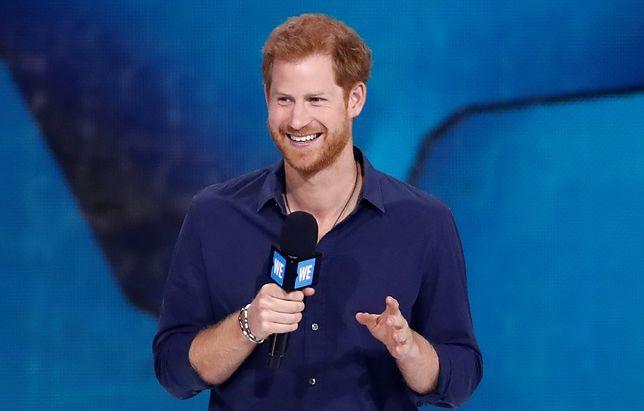 Książę Harry znów jest w centrum zainteresowania mediów, zwłaszcza przed ślubem