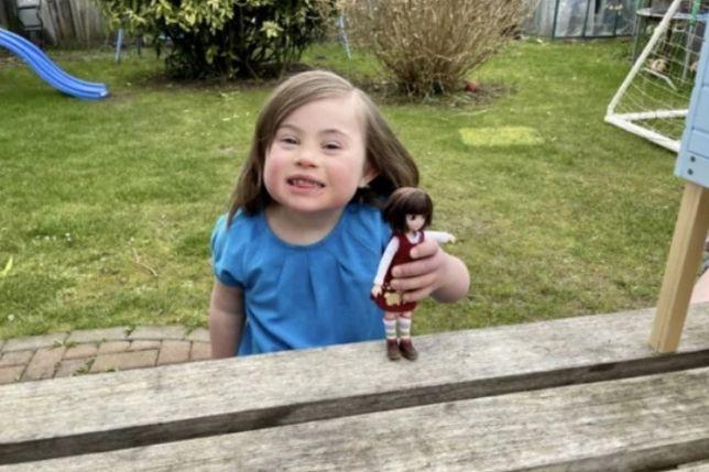 Dziewczynka z zespołem Downa otrzymała wyjątkową lalkę