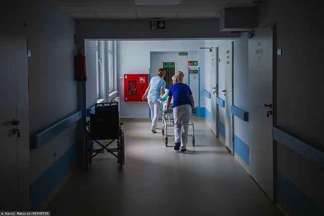 Personel medyczny prowadzi akcję w internecie