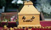 Bank zapłaci za pogrzeb klienta