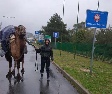 Przewóz, granica Polski. Francuzka relacjonuje każdy dzień z wyprawy na Facebooku