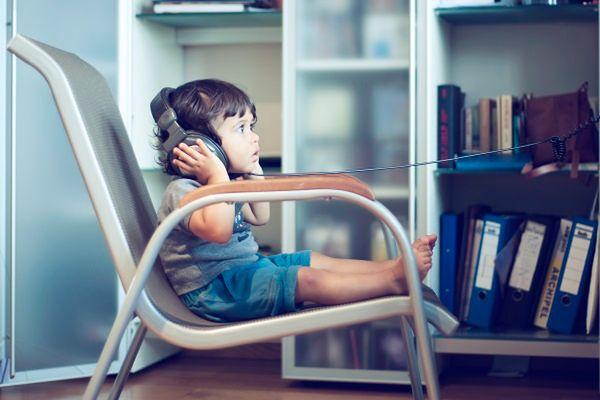Nadchodzi koniec darmowej muzyki w internecie? Wytwórnie kontra streaming