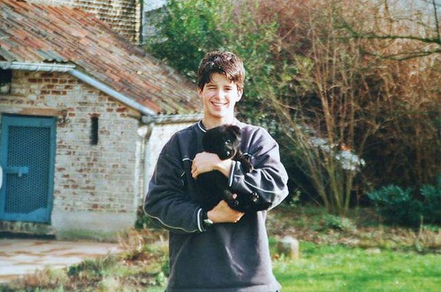 Wspólne dorastanie chłopca i jego psa