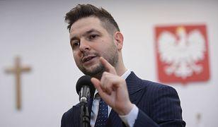 """Patryk Jaki krytykuje Rafała Trzaskowskiego. """"Wprowadzenie karty LGBT to duży skandal"""""""