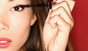Tusz wodoodporny daje gwarancję, że makijaż nie rozmaże się nawet mimo niesprzyjających warunków