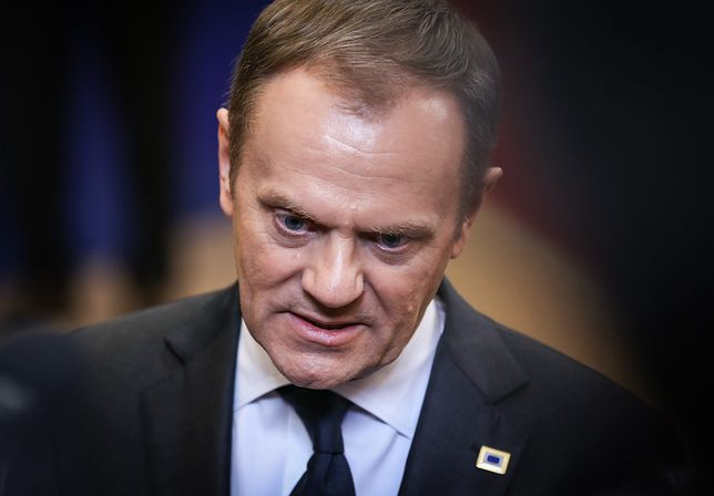 Tygodniki. Pytania o odpowiedzialność Donalda Tuska w Smoleńsku i rozmowa z Grzegorzem Schetyną