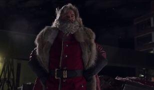 """""""Kronika Świąteczna"""" to film z Kurtem Russellem w roli głównej"""