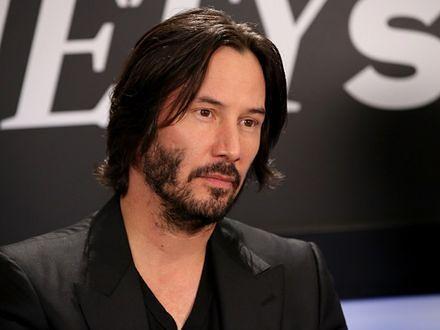 Roland Emmerich i Keanu Reeves pracują nad serialem