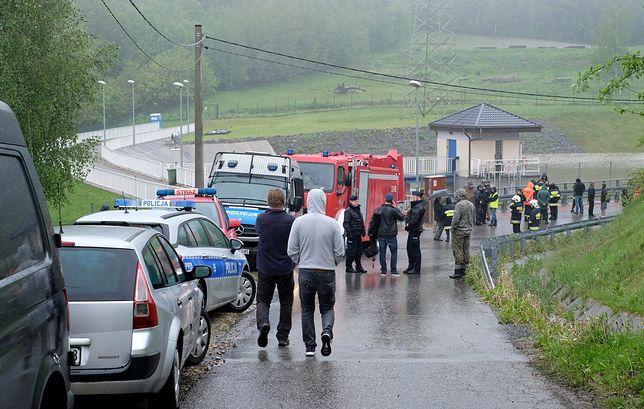 Krytyczna sytuacja w Wilkowicach na Śląsku. Ewakuowano 80 osób mieszkających przy zaporze