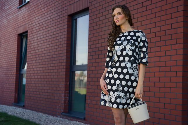 Sukienki na wiosnę 2020 nawiązują do mody retro