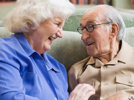 Dobry humor ma dobroczynny wpływ na starsze osoby