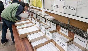 Wniosek PIT-WZ składa się przez internet - wizyta w urzędzie nie jest potrzebna.
