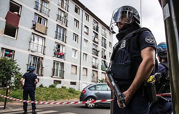 15-latek z Francji zatrzymany przez antyterrorystów. Jest podejrzewany o związki z IS