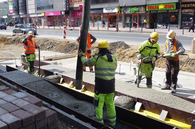 Śląskie. Ograniczenia w ruchu w Częstochowie spowodowane są przebudową linii tramwajowej.