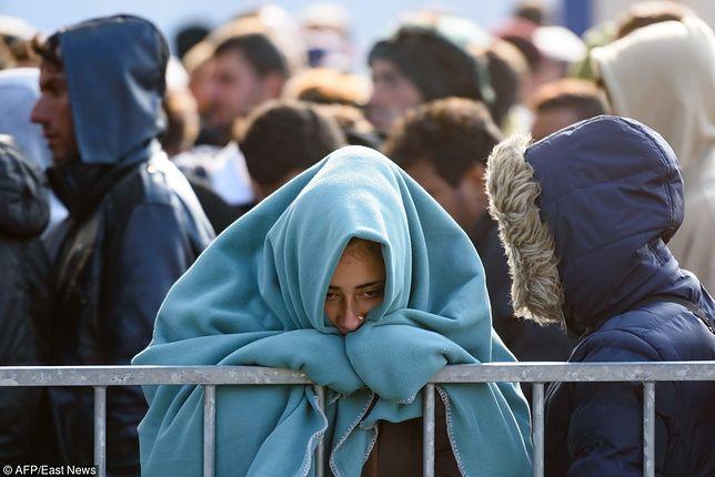 KE nie chce, żeby Włochy zamknęły porty dla uchodźców. Argumentem pieniądze