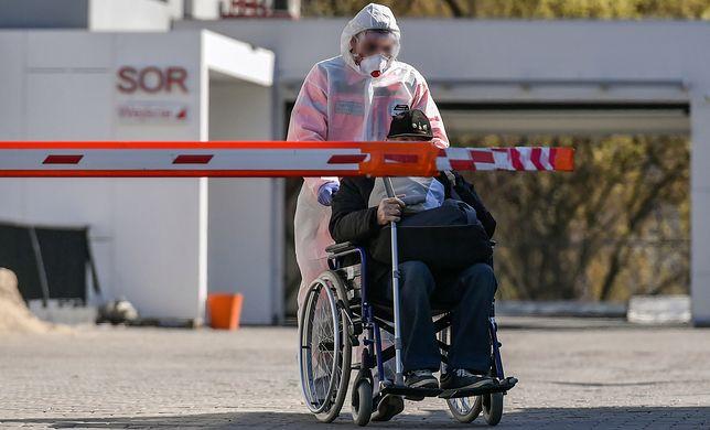 Koronawirus w Polsce. Rząd zaostrza kwarantannę