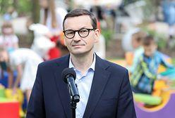 """Premier pokazał list gończy za Kornelem Morawieckim. """"Pamiętam tamten czas doskonale"""""""
