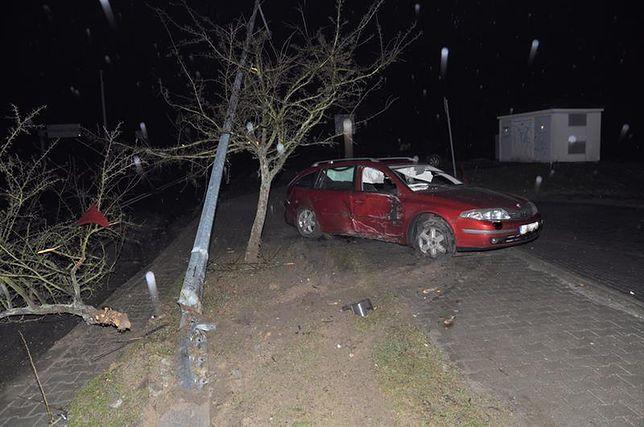 Wypadek w Kraśniku. Za kierownicą siedział pijany nastolatek