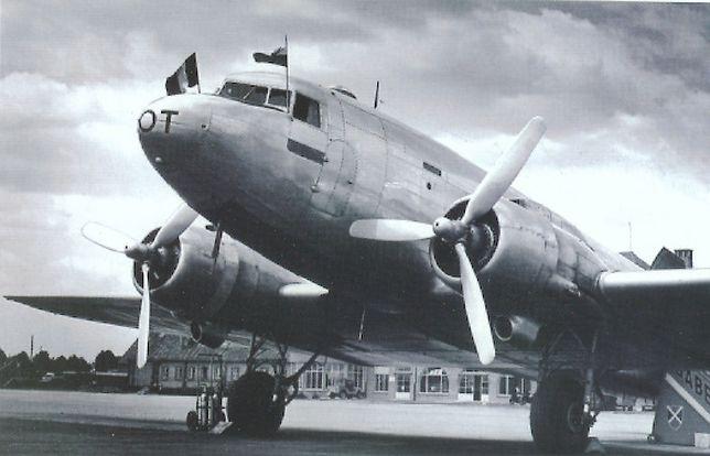Samoloty Polskich Linii Lotniczych LOT przed wojną na pokład zabierały kilkunastu pasażerów. Na zdjęciu Douglas DC-2