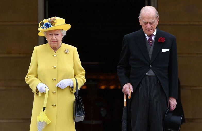 Książę Filip i królowa Elżbieta II. Zobacz, jak się poznali