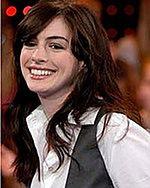 Anne Hathaway pomoże tajnemu agentowi