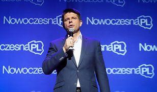 Tłumy na kongresie stowarzyszenia NowoczesnaPL. Petru: tylko my jesteśmy opozycją