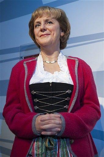 Angela Merkel jakby szczuplejsza