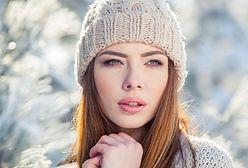 Co zrobić, aby włosy dobrze wyglądały po zdjęciu czapki? Poznaj sprawdzone triki