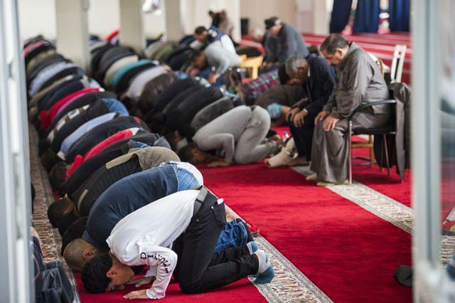 Kontrowersyjna decyzja niemieckiego miasta. Monheim dotuje budowę meczetów