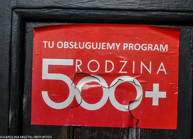 Niektóre rodziny muszą oddać nawet 10 tys. zł.