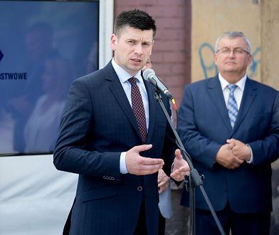 Łukasz Smółka blisko trzy lata kierował gabinetem politycznym ministra Andrzeja Adamczyka.